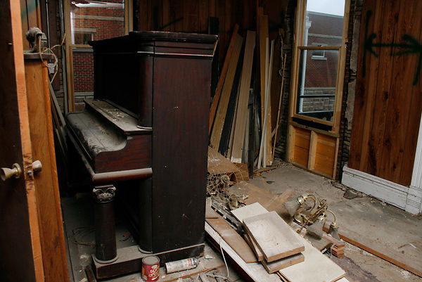Blind Boone Player Piano before restoration