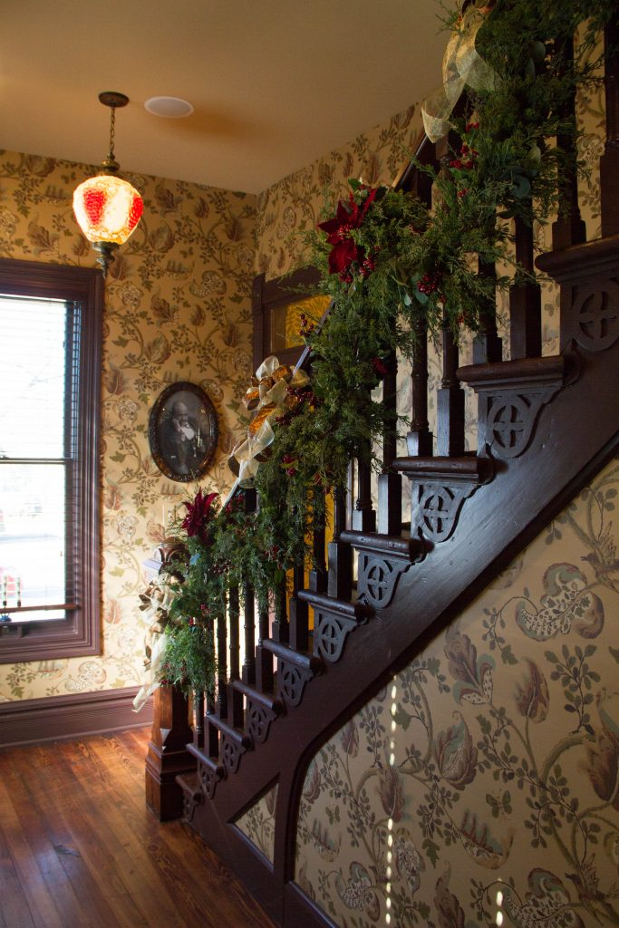 Blind Boone Home Holiday Railing Decor