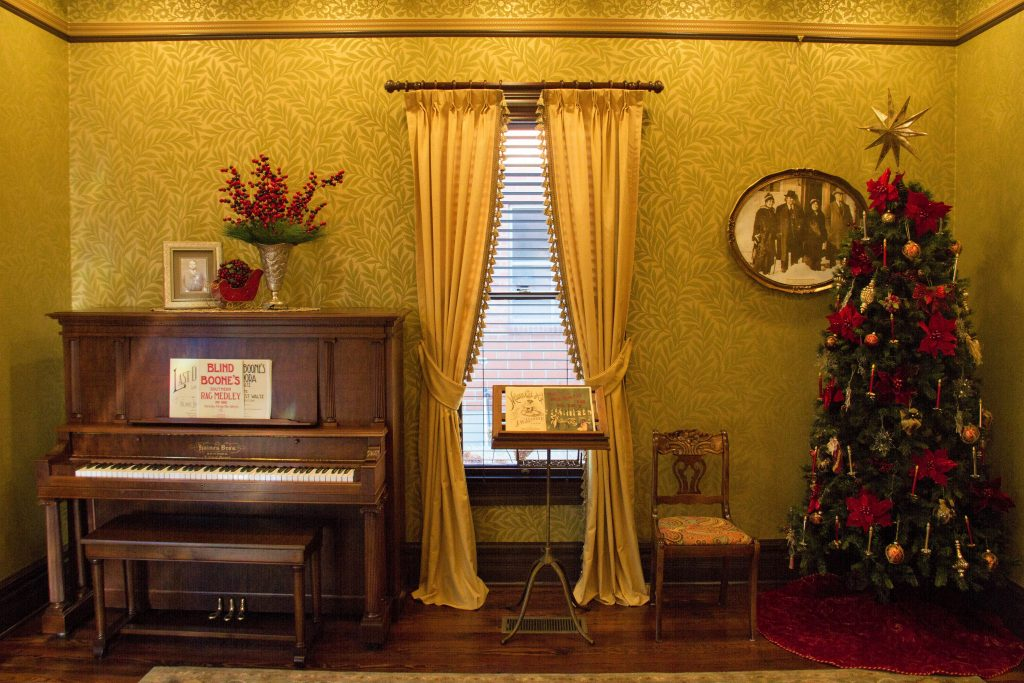 Historic Boone Home Holiday Party